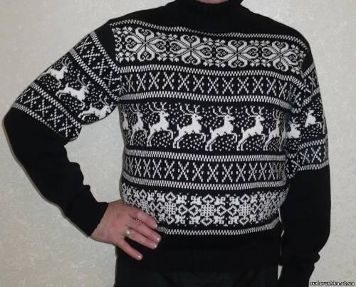 Заказать свитер с оленями - Одежда